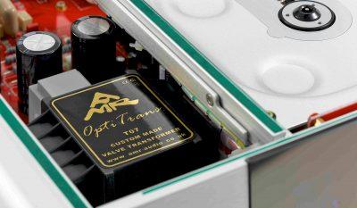 AMR CD-777